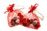 Huwelijksbedankjes rood zakje met diamantje & bruidsuiker hartjes mini