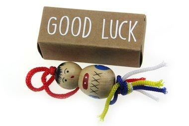 Geluksdoosje langwerpig good luck met 4 cm chinese gelukspop