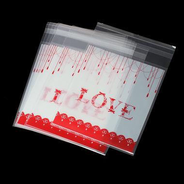 10 cellofaan zakjes met plakstrip Love