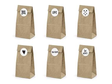 Kraft zakjes met liefde mix stickers 6 stuks