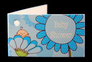 Kaartjes babyshower baby in bloem blauw