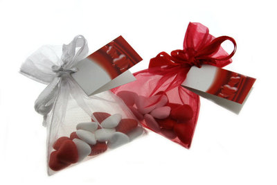 Huwelijksbedankje bruidsuiker hartjes mini wit- rood