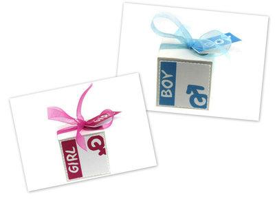 Geboortebedankjes kubusdoosje met label en kaartje