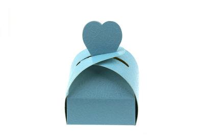 Doosje hart licht blauw relief