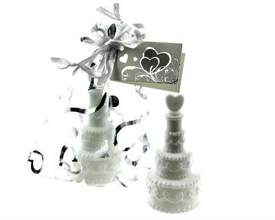 Bedankje bellenblaas bruidstaart hartje in organza zakje
