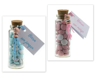 Geboortebedankjes flesje doopsuiker lentille en gelukspoppetje baby