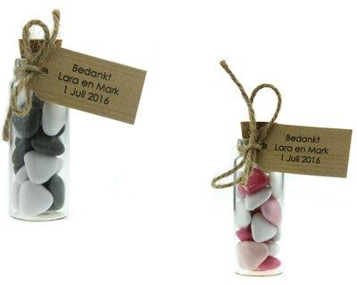 Bedankje flesje bruidsuiker mini hartjes en kraft label