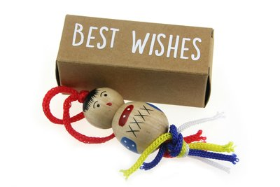 Kerst geluksdoosje langwerpig best wishes met 4 cm chinese gelukspop
