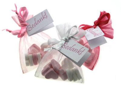 Bedankjes hartjes roze